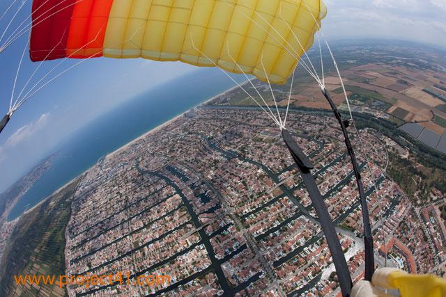 paracaidismo--hotWeekenderByProject41169-(41).jpg