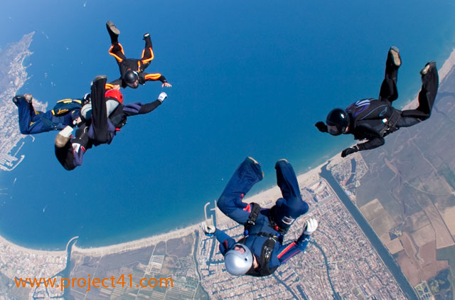 paracaidismo--hotWeekenderByProject41169-(44).jpg