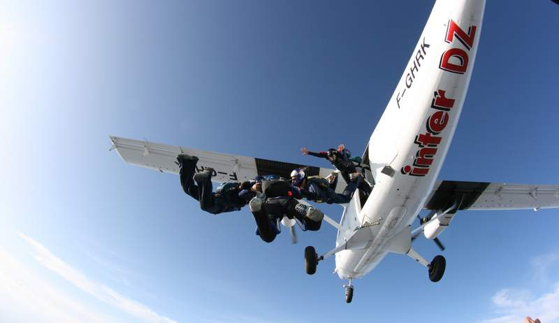 paracaidismo--byWillPenny-VectorFestival09-(2).JPG