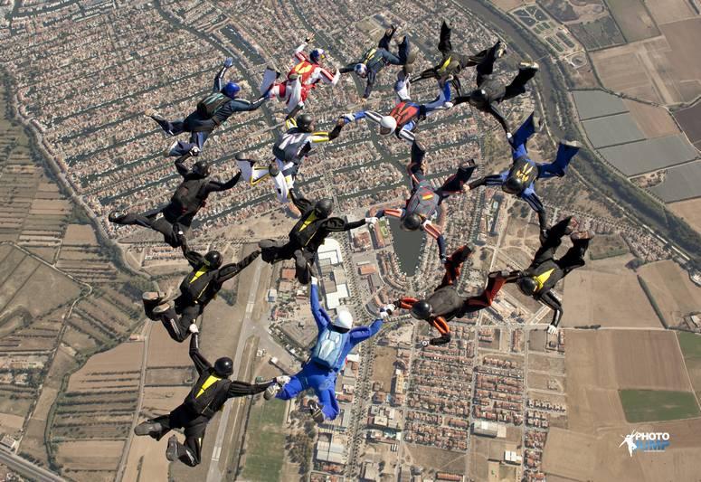 paracaidismo--byPhotoJump_16-wayTrophy-09-(35).JPG