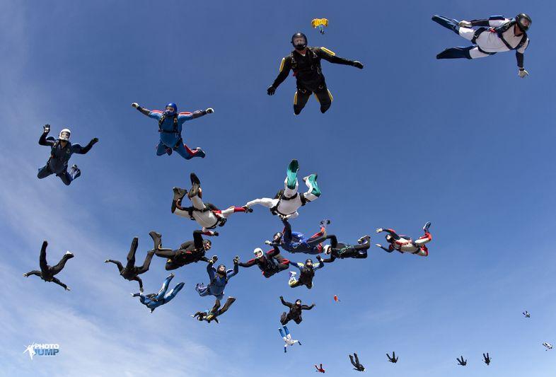 paracaidismo--finnishRecord2009byPhotoJump-(11).JPG