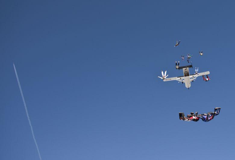 paracaidismo--finnishRecord2009byPhotoJump-(2).JPG