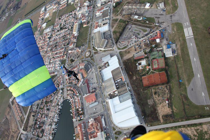 paracaidismo--tn_xmas09ByPhotoJump-(21).JPG