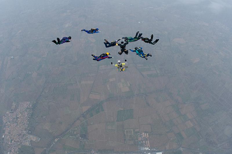 paracaidismo--xmas091226ByProject41-(13).jpg