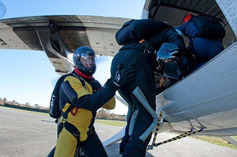 paracaidismo--xmas091227ByProject41-(4).jpg