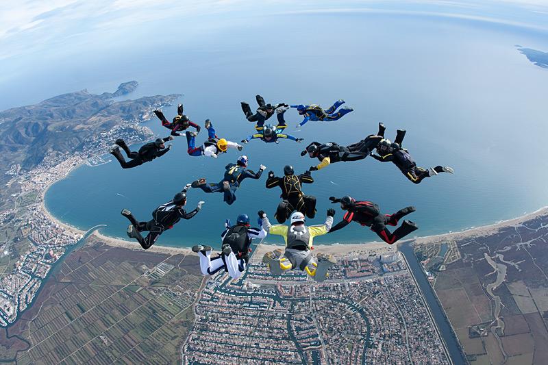 paracaidismo--xmas091228ByProject41-(11).jpg