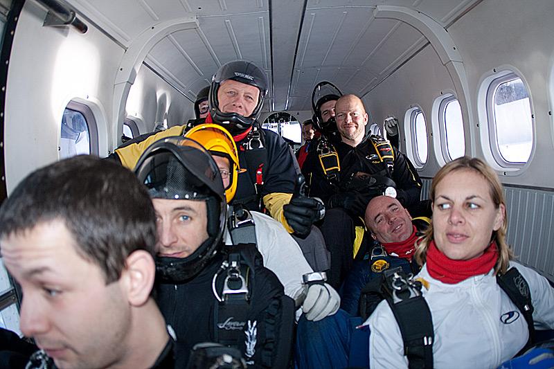 paracaidismo--xmas091228ByProject41-(20).jpg