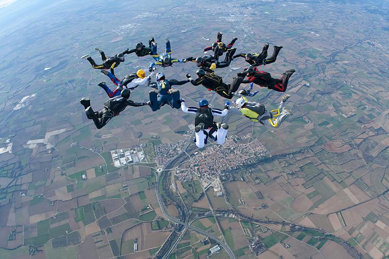 paracaidismo--xmas091228ByProject41-(22).jpg