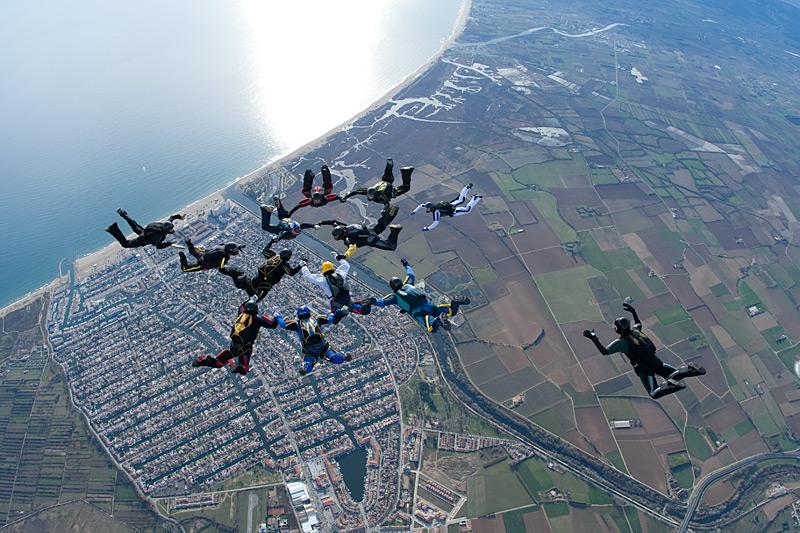paracaidismo--xmas091228ByProject41-(3).jpg