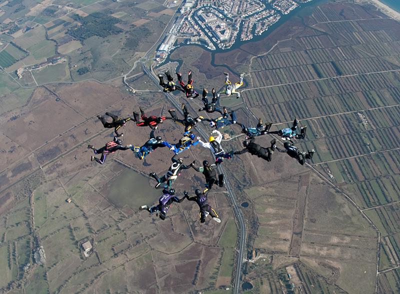 paracaidismo--xmas091229ByProject41-(29).jpg