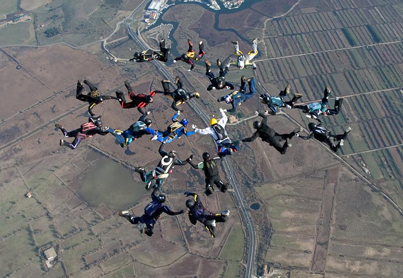 paracaidismo--xmas091229ByProject41-(30).jpg