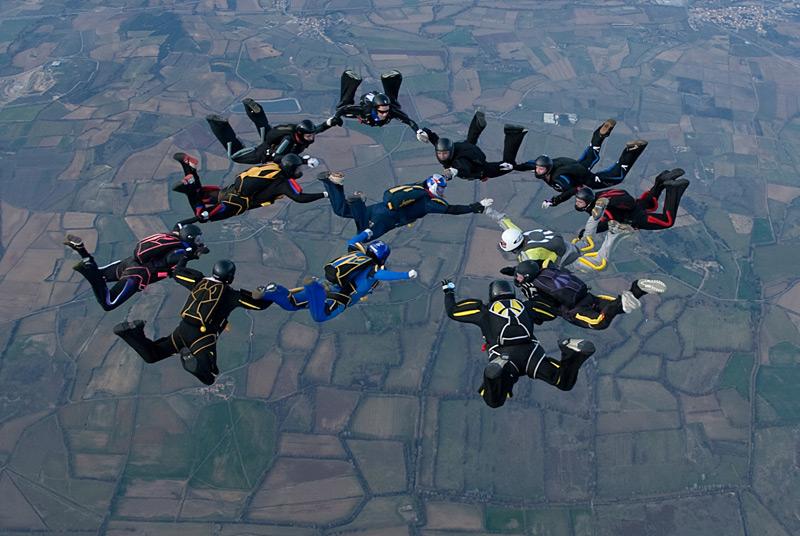 paracaidismo--xmas091229ByProject41-(37).jpg