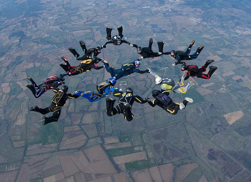 paracaidismo--xmas091229ByProject41-(39).jpg