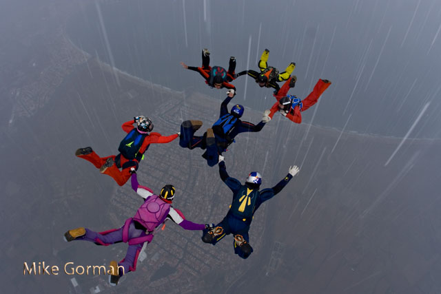 paracaidismo--xmas091231ByMikeGorman-(11).jpg