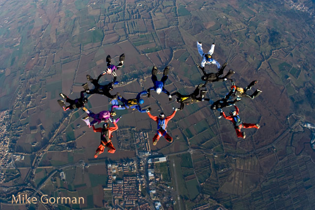 paracaidismo--xmas091231ByMikeGorman-(21).jpg