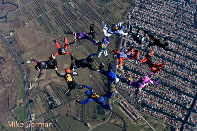 paracaidismo--xmas091231ByMikeGorman-(49).jpg