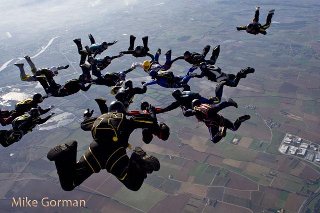 paracaidismo--xmas091231ByMikeGorman-(73).jpg