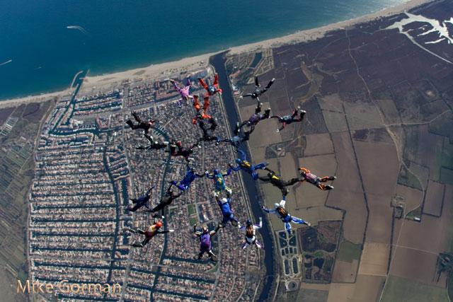 paracaidismo--xmas091231ByMikeGorman-(79).jpg