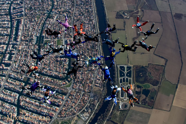 paracaidismo--xmas091231ByMikeGorman-(80).jpg