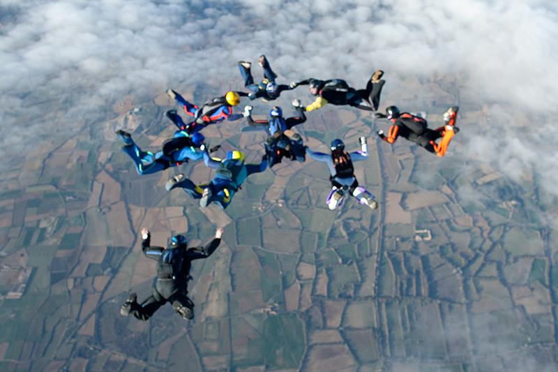 paracaidismo--xmas09ByProject41-(6).jpg