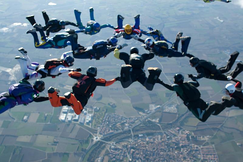 paracaidismo--xmas09ByProject41-(7).jpg