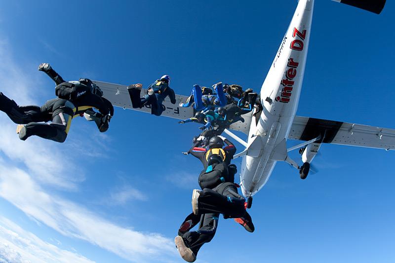 paracaidismo--xmasBoogie100101ByProject41-(16).jpg