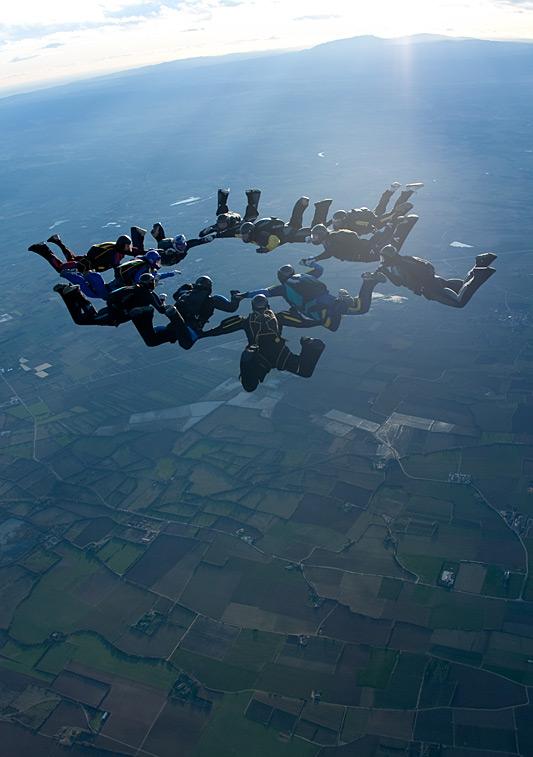 paracaidismo--xmasBoogie100101ByProject41-(23).jpg