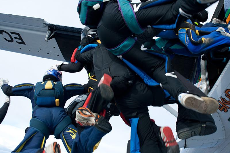paracaidismo--xmasBoogie100101ByProject41-(4).jpg