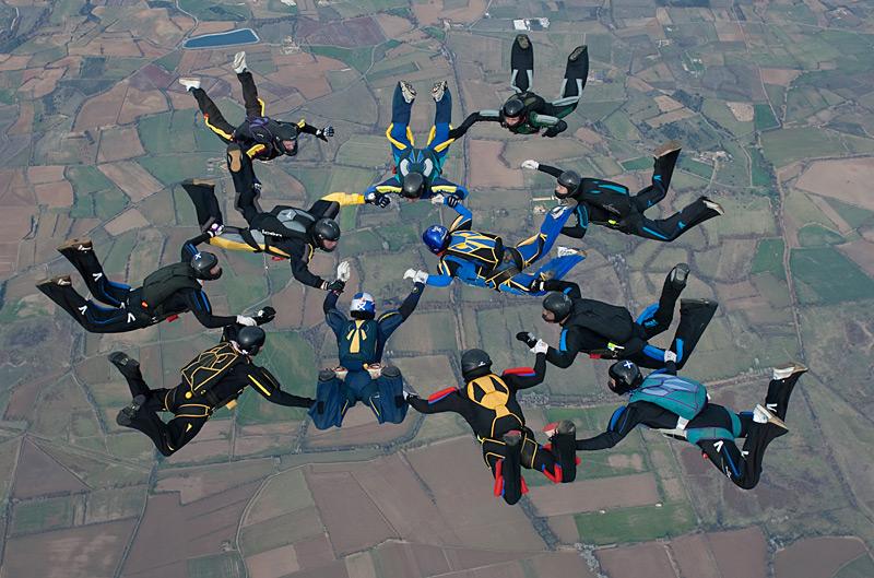 paracaidismo--xmasBoogie100101ByProject41-(6).jpg