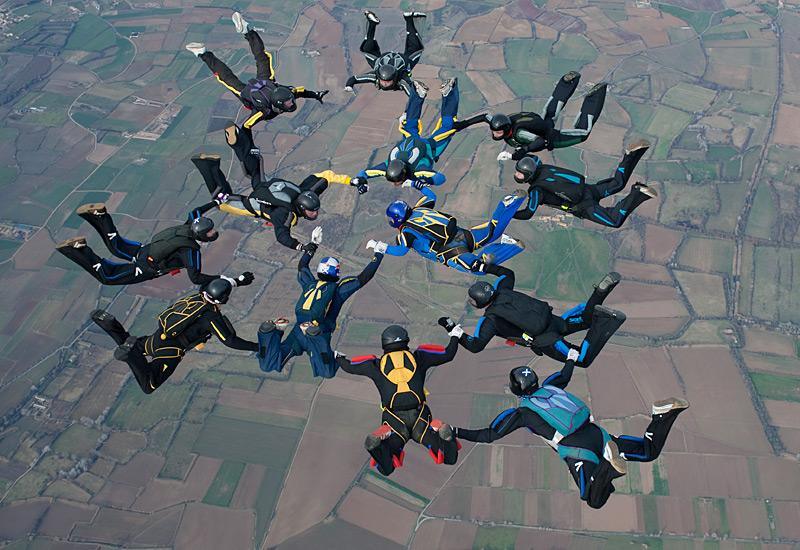 paracaidismo--xmasBoogie100101ByProject41-(8).jpg