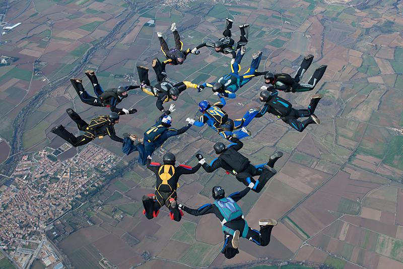 paracaidismo--xmasBoogie100101ByProject41-(9).jpg