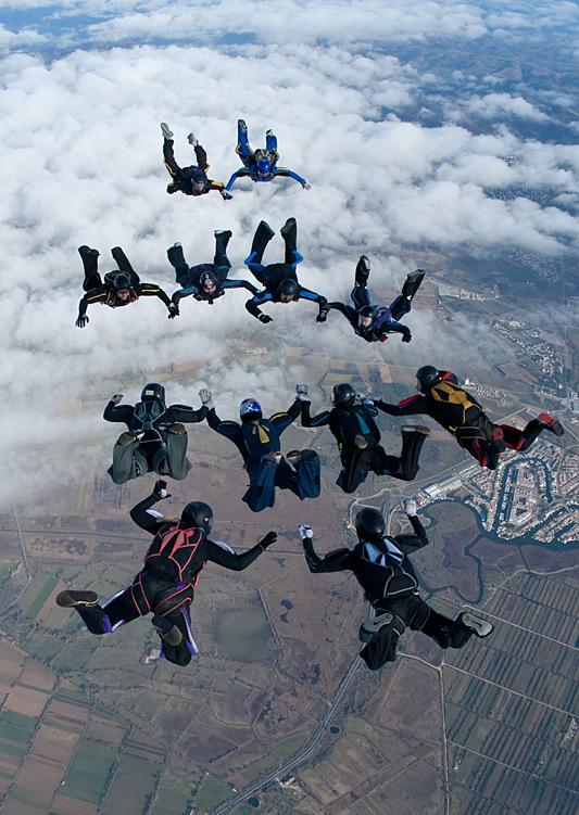 paracaidismo--xmasBoogie100102ByProject41-(10).jpg