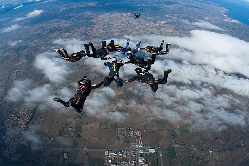 paracaidismo--xmasBoogie100102ByProject41-(17).jpg
