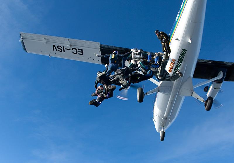 paracaidismo--xmasBoogie100102ByProject41-(19).jpg