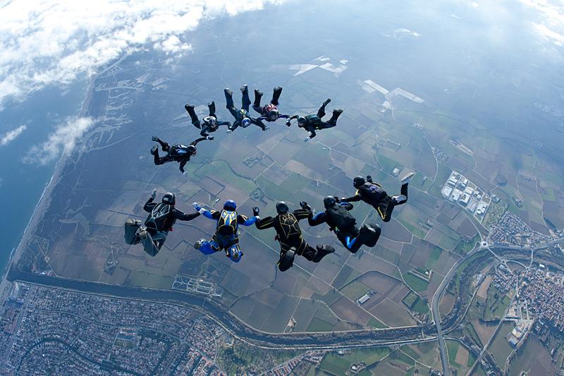 paracaidismo--xmasBoogie100102ByProject41-(23).jpg