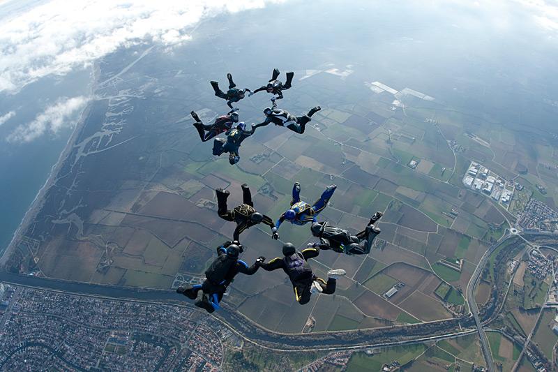 paracaidismo--xmasBoogie100102ByProject41-(24).jpg