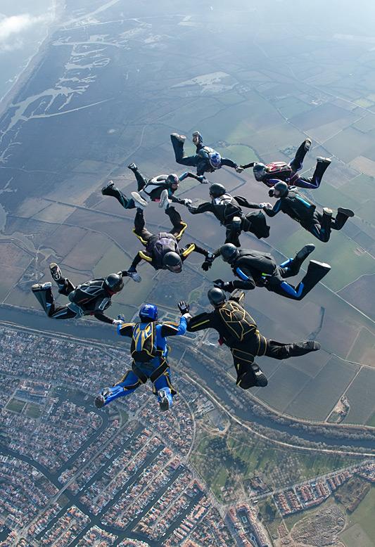 paracaidismo--xmasBoogie100102ByProject41-(25).jpg
