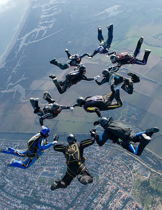 paracaidismo--xmasBoogie100102ByProject41-(26).jpg