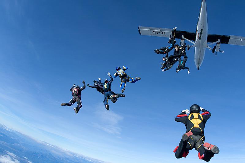paracaidismo--xmasBoogie100102ByProject41-(4).jpg