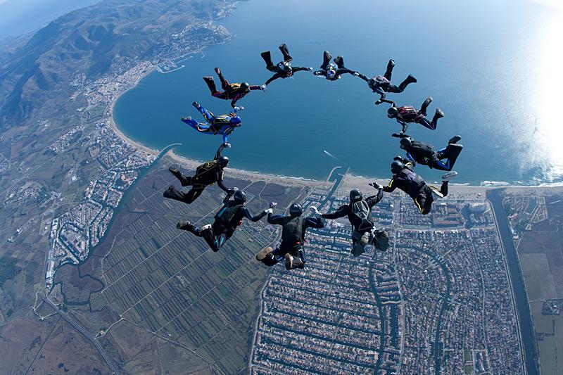 paracaidismo--xmasBoogie100102ByProject41-(5).jpg