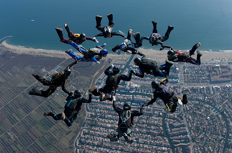 paracaidismo--xmasBoogie100102ByProject41-(6).jpg