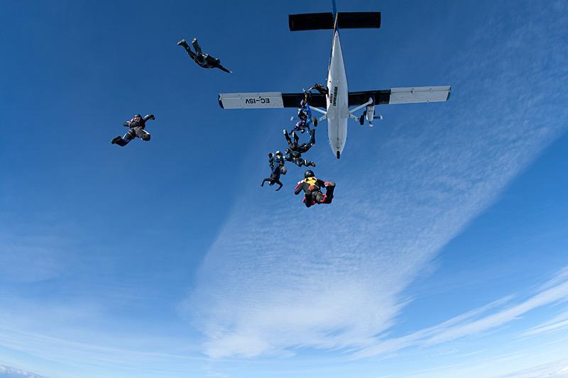 paracaidismo--xmasBoogie100102ByProject41-(7).jpg