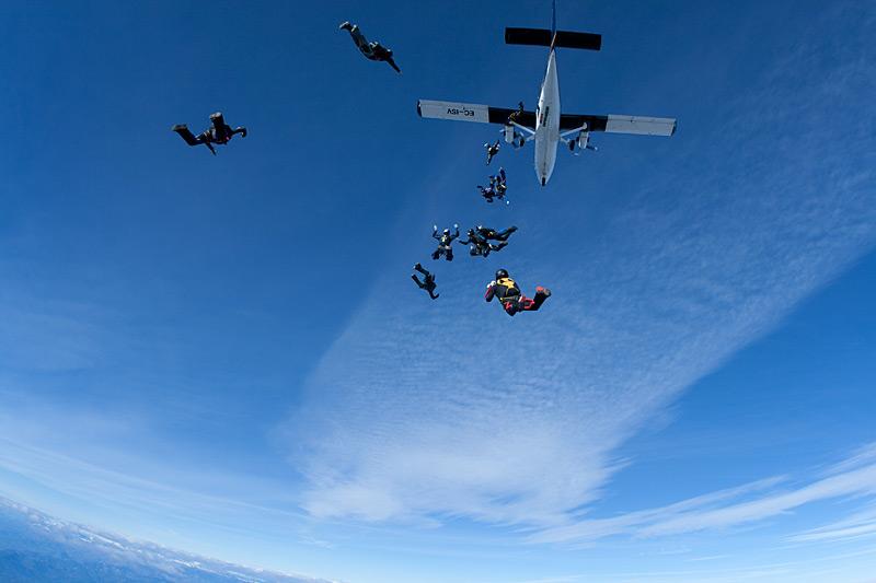 paracaidismo--xmasBoogie100102ByProject41-(8).jpg