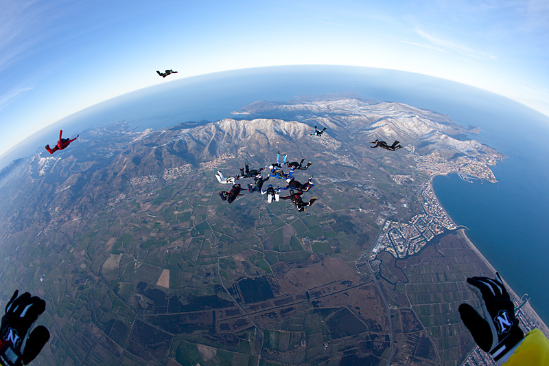 paracaidismo--hotWeekender13ByProject41-(16).jpg
