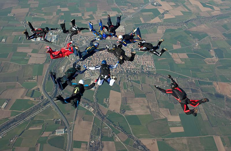 paracaidismo--hotWeekender13ByProject41-(18).jpg