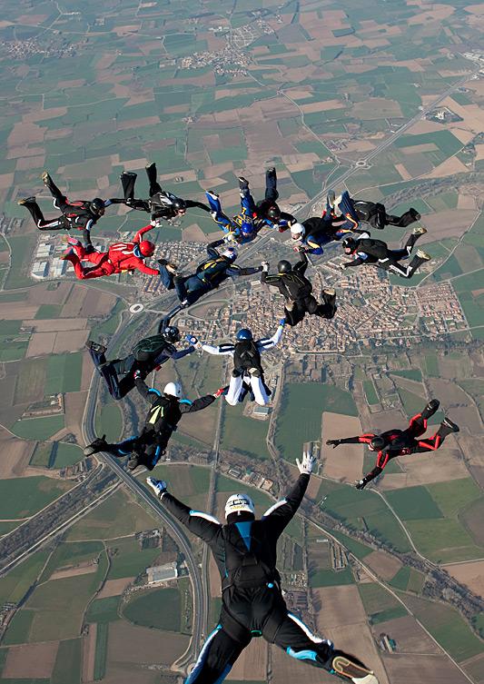 paracaidismo--hotWeekender13ByProject41-(19).jpg