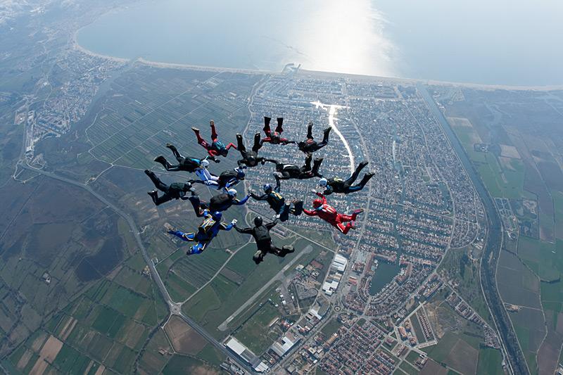 paracaidismo--hotWeekender13ByProject41-(40).jpg