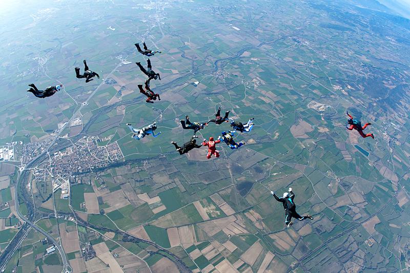 paracaidismo--hotWeekender13ByProject41.jpg