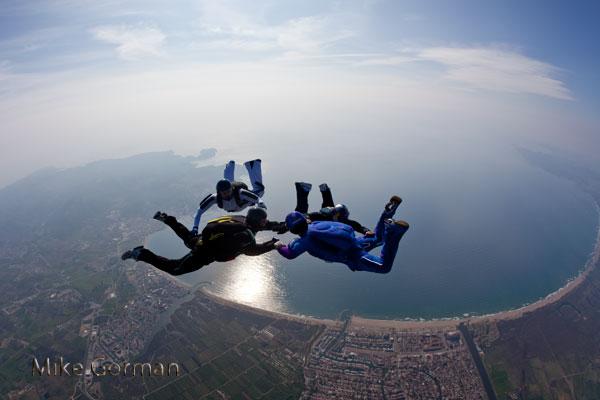 paracaidismo--hw14ByMikeGorman-(3).jpg