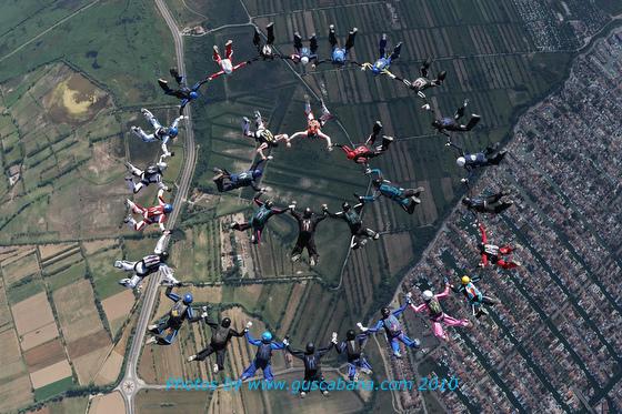 paracaidismo--10-06-17vectorFestivalGustavoCabana-(2).JPG